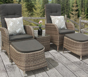 Reclining Rattan Chairs